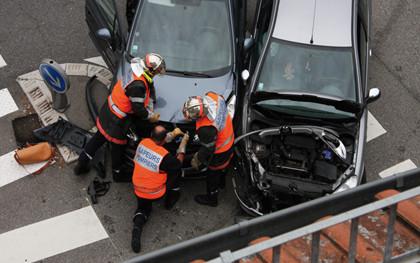 交通事故骨折赔偿的标准