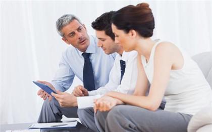 职员和企业续签的劳动合同还有试用期吗