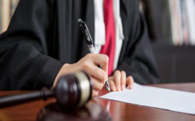 监护人有处理被监护人的财产的权利吗