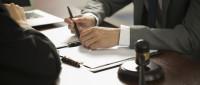 民法典对出租人不得擅自变更买卖合同内容的规定