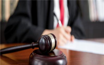债权人可以在主合同审判前要求保证人承担责任吗