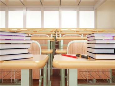 学生被批评后从未加防护栏的窗口跳下导致摔伤学校要赔吗