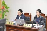 左一:刘则通律师