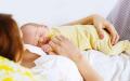 哺乳假可以跟产假一起休吗