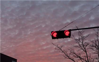 闯红灯扣分最新标准是什么