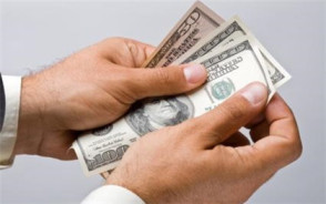 实施最低工资标准有好处吗