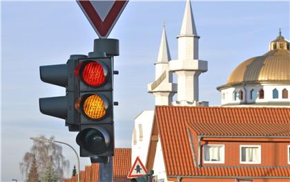 闯红灯行为都会被处罚吗?如何罚?